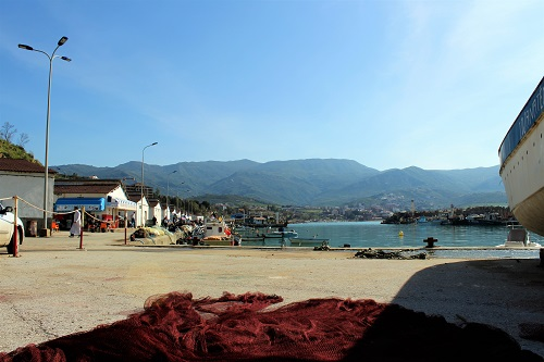 azefoun port 12