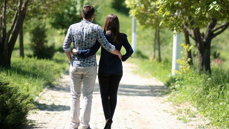 10 signes qu'il fréquente une autre femme