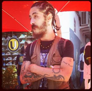 Les Algérois fans de tattos/@BacktoAlger