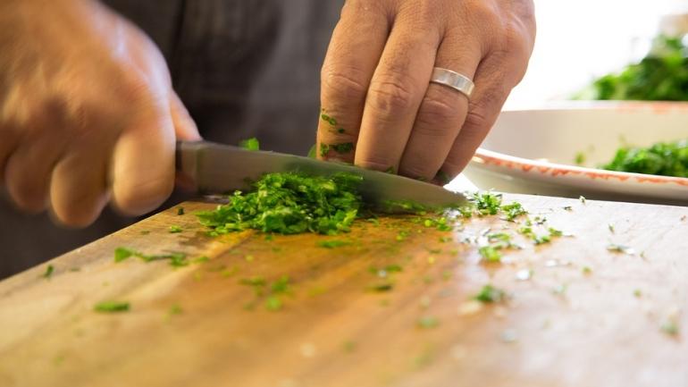 Témoignages. «Je suis algérien et je cuisine aussi bien que ma mère»