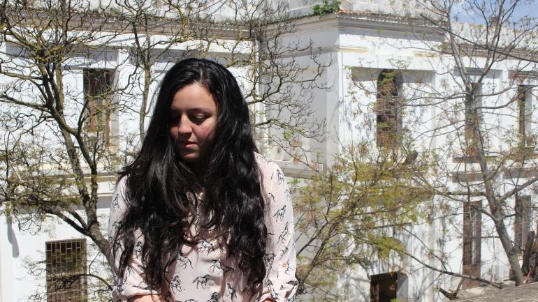 #WomenofInty Grandir sans père en Algérie