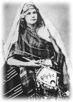 4 femmes dont les voyages ont marqué l'histoire : Isabelle Eberhardt