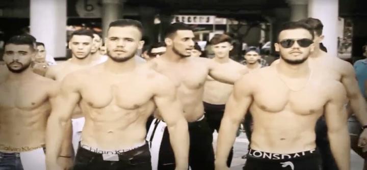 Vidéo. Pourquoi a-t-on vu des Marocains torses nus à Tanger ?