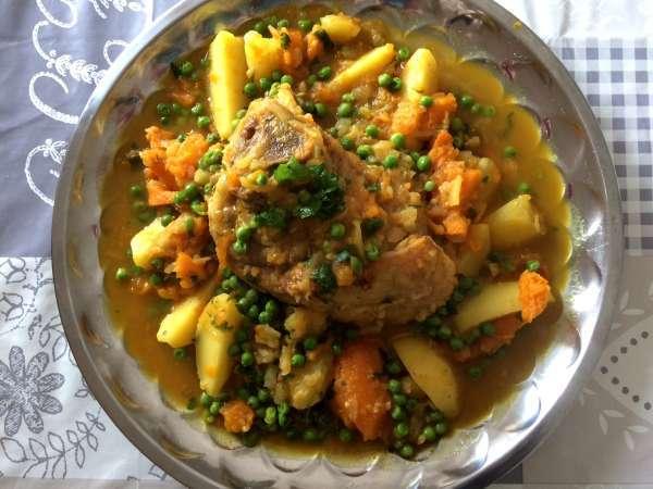 La recette du tajine au petits pois par @LesPetitsPlatsdeMouna