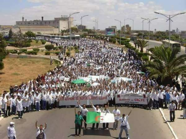 médecins algériens en grève