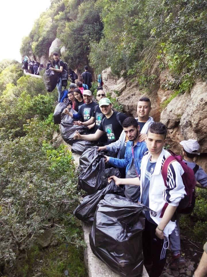 #BonneNouvelle Ces Algériens nettoyeurs de plages & de forêts