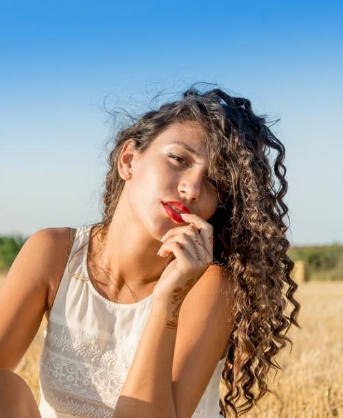 #Tutobeauté. Les 10 gestes beauté pour tes cheveux pendant l'été