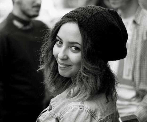 Samia Manel, la slameuse algérienne engagée