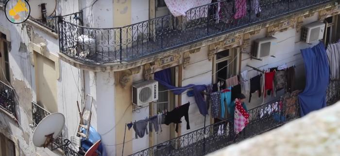 Vidéo. Femme algérienne recherche désespérément un logement !